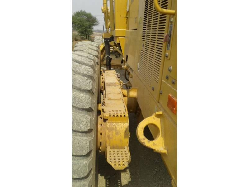 CATERPILLAR NIVELEUSES 120K2 equipment  photo 19