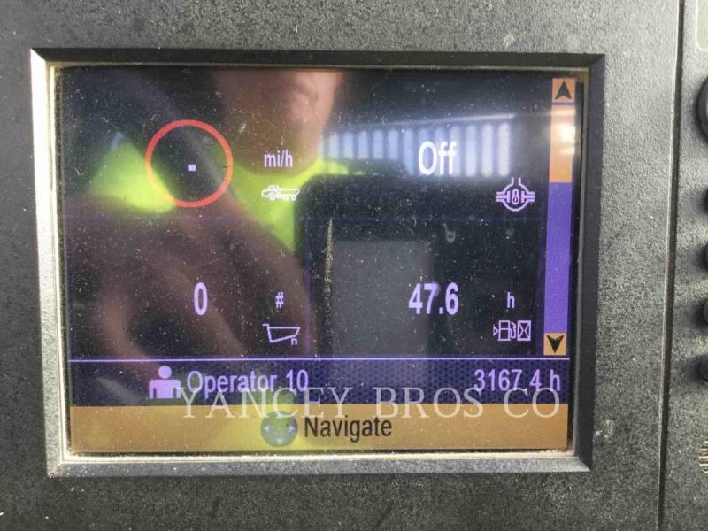 CATERPILLAR KNICKGELENKTE MULDENKIPPER 725C equipment  photo 15