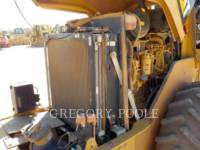 CATERPILLAR VIBRATORY SINGLE DRUM PAD CP-44 equipment  photo 22