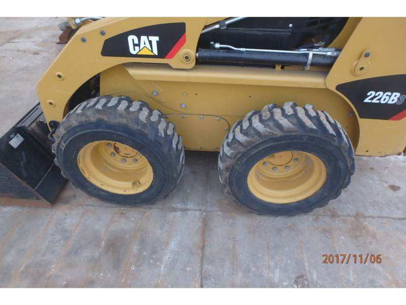 CATERPILLAR CHARGEURS COMPACTS RIGIDES 226B3 equipment  photo 10