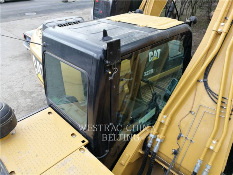 CATERPILLAR TRACK EXCAVATORS 326D2L equipment  photo 9