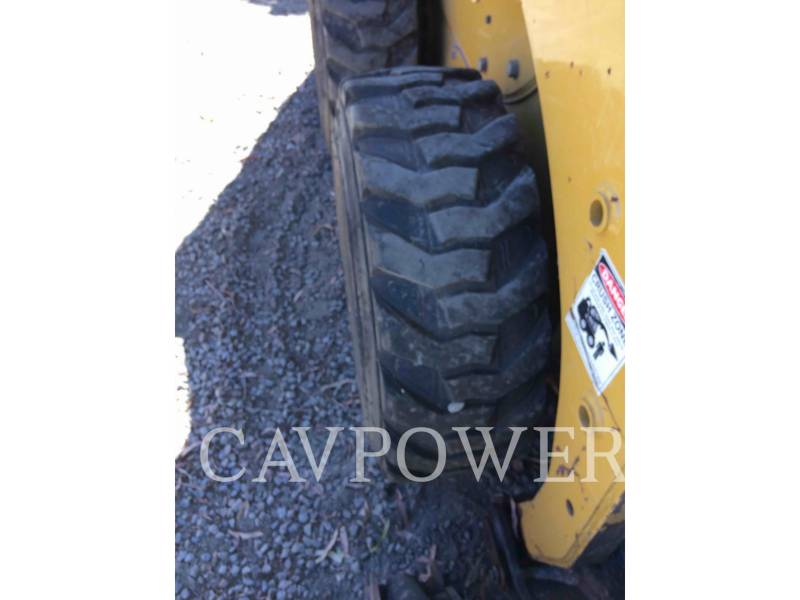 CATERPILLAR SKID STEER LOADERS 226B3LRC equipment  photo 13