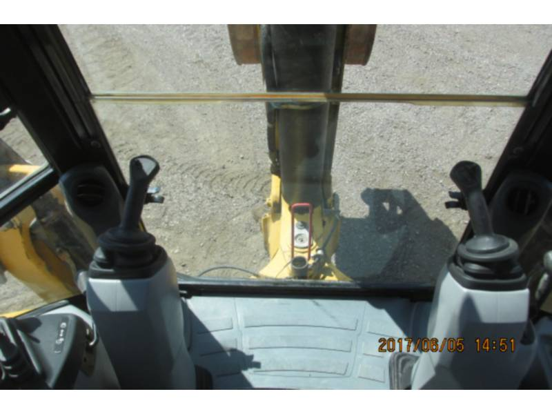 CATERPILLAR BACKHOE LOADERS 430FST equipment  photo 10