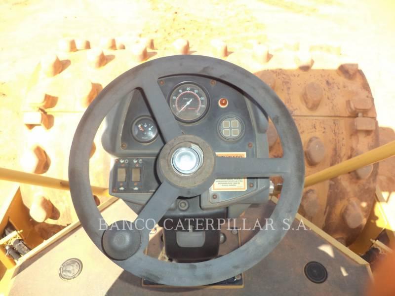 CATERPILLAR COMPACTEUR VIBRANT, MONOCYLINDRE LISSE CS-533E equipment  photo 7