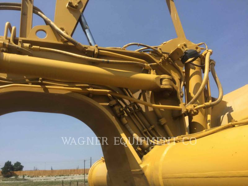 CATERPILLAR TRACTORSCHRAPERS OP WIELEN 621F equipment  photo 8