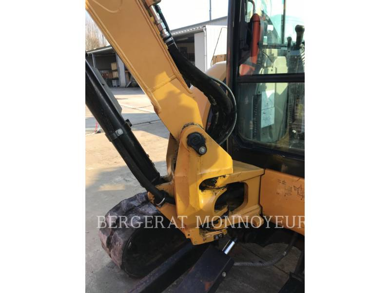 CATERPILLAR TRACK EXCAVATORS 305 D CR equipment  photo 9