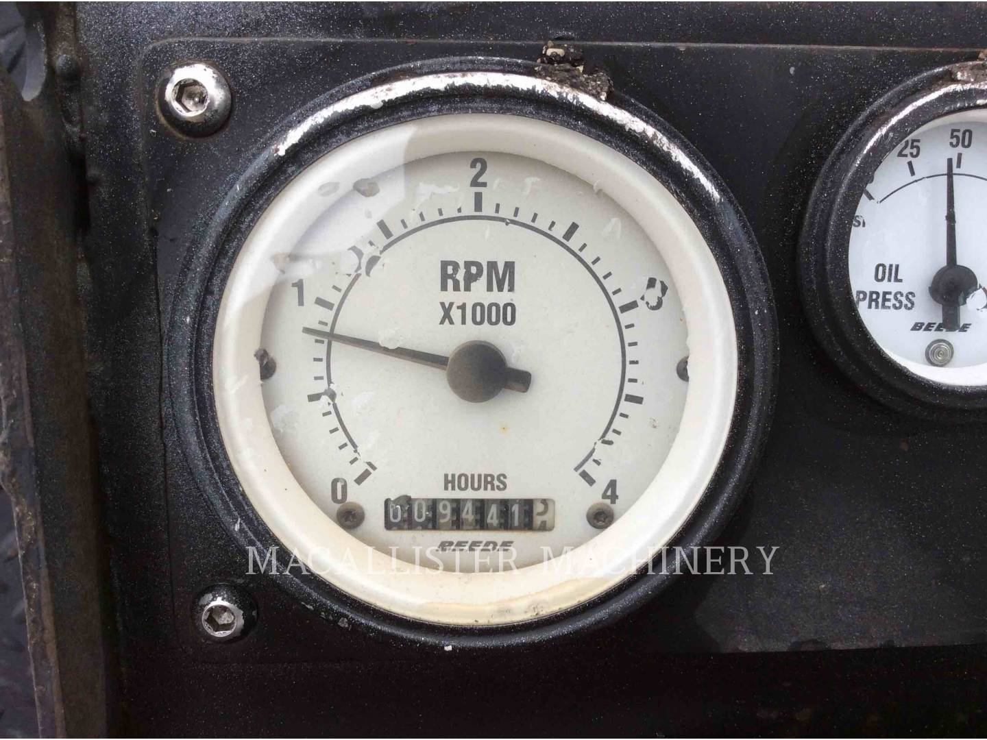 Detail photo of 2004 Roadtec RP150 from Construction Equipment Guide