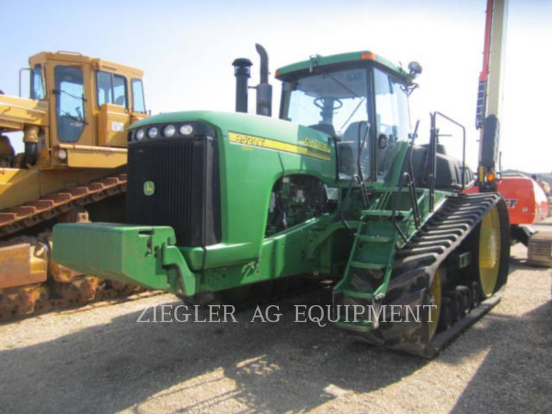 DEERE & CO. TRACTORES AGRÍCOLAS 9520T equipment  photo 1
