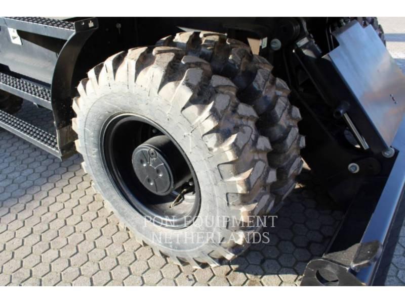 Caterpillar EXCAVATOARE PE ROŢI M313D equipment  photo 17