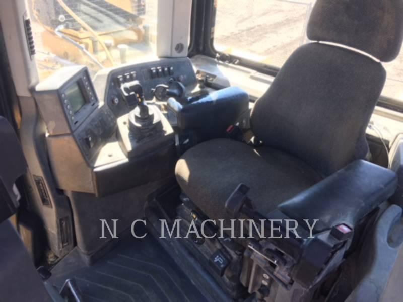 CATERPILLAR TRACK TYPE TRACTORS D10T equipment  photo 4