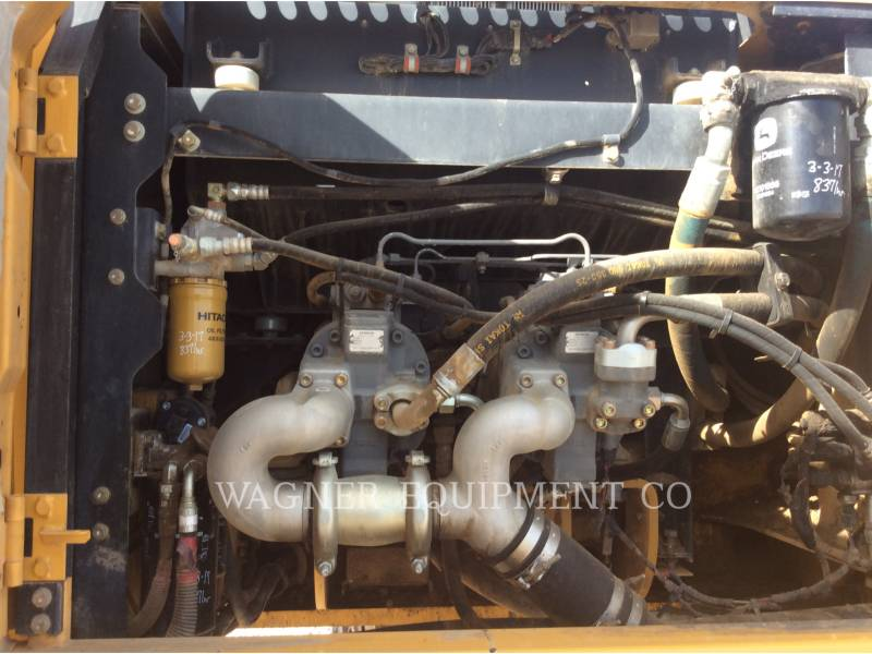 JOHN DEERE KETTEN-HYDRAULIKBAGGER 350G equipment  photo 14