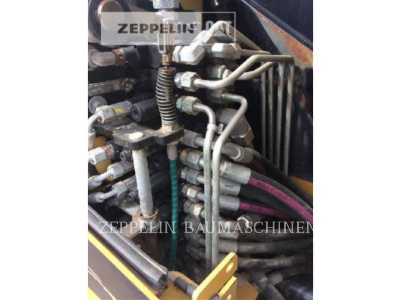 CATERPILLAR TRACK EXCAVATORS 302.5C equipment  photo 19