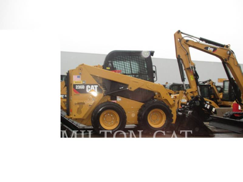 CATERPILLAR MINICARGADORAS 236 equipment  photo 3