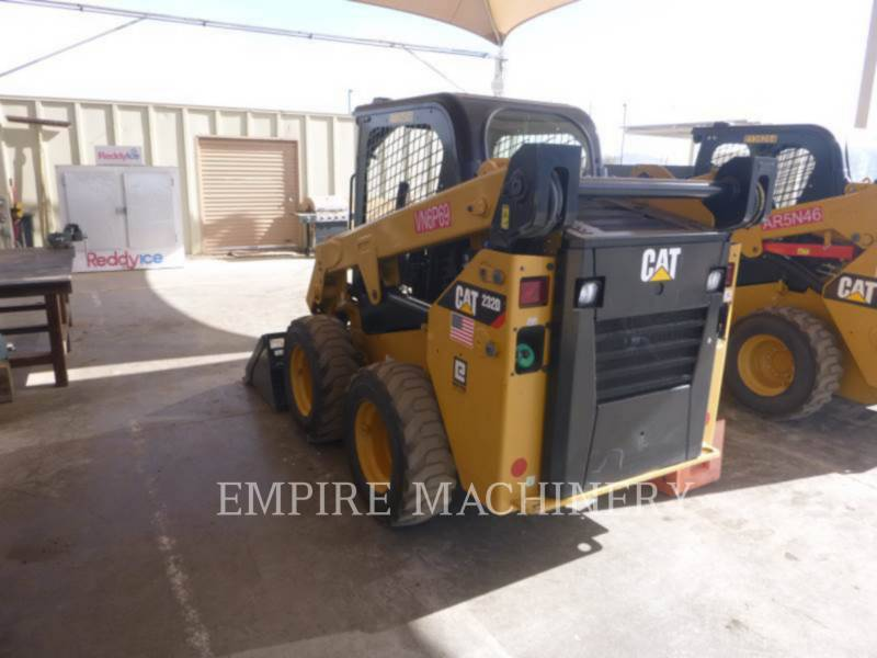 CATERPILLAR PALE COMPATTE SKID STEER 232D equipment  photo 3