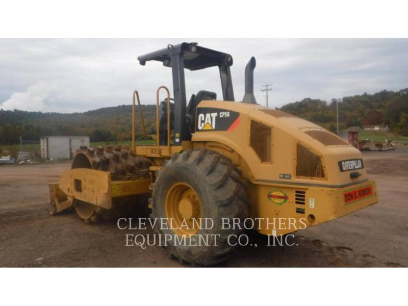 CATERPILLAR COMPACTEUR VIBRANT, MONOCYLINDRE À PIEDS DAMEURS CP56 equipment  photo 4