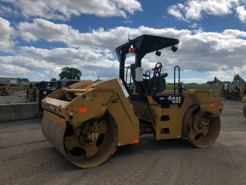 CATERPILLAR TANDEMVIBRATIONSWALZE, ASPHALT CB 54 equipment  photo 3
