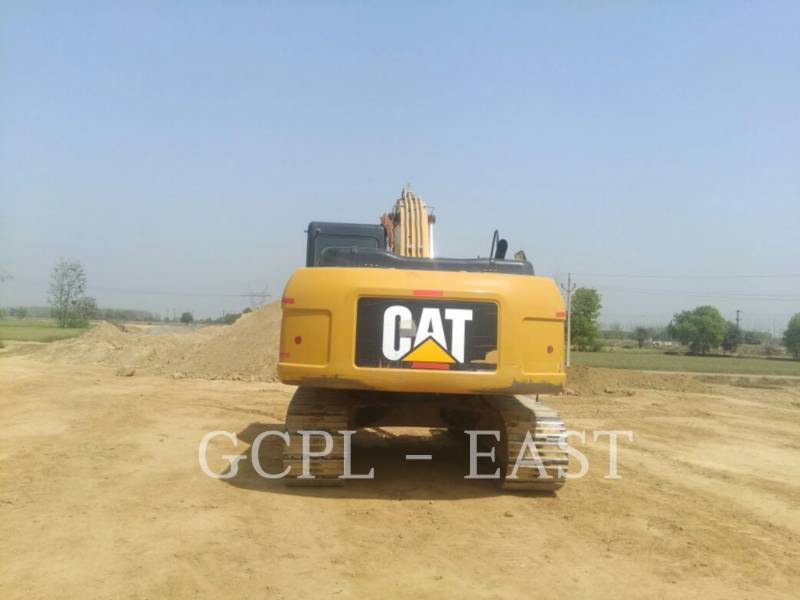 CATERPILLAR ESCAVATORI CINGOLATI 320D2 equipment  photo 5