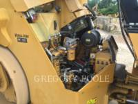 CATERPILLAR VIBRATORY DOUBLE DRUM ASPHALT CB-54 equipment  photo 15