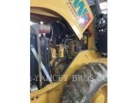 CATERPILLAR VIBRATORY SINGLE DRUM PAD CP44 equipment  photo 9