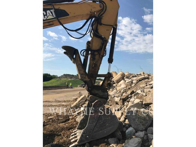 CATERPILLAR TRACK EXCAVATORS 325DL equipment  photo 7