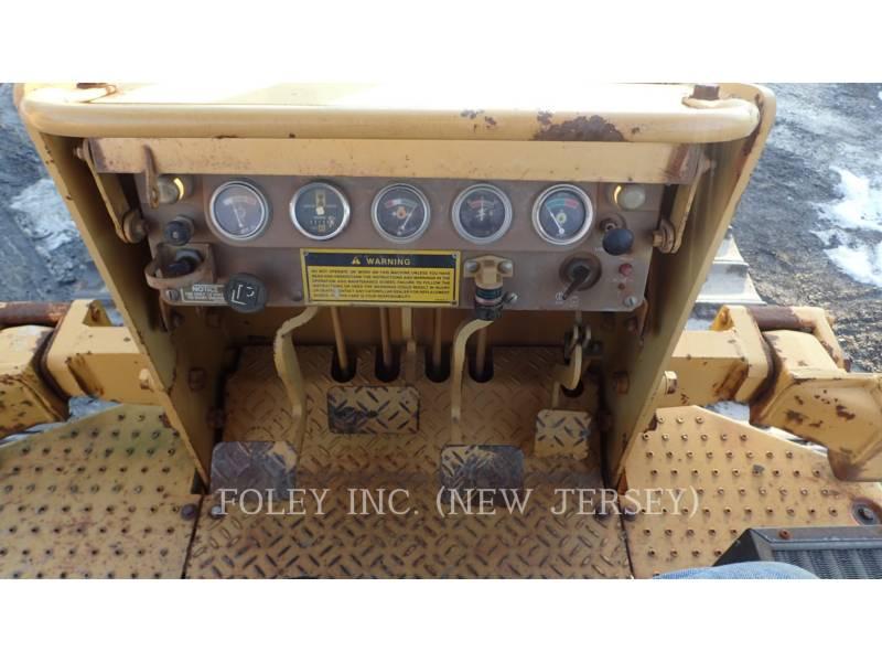 CATERPILLAR TRACK TYPE TRACTORS D4C equipment  photo 21