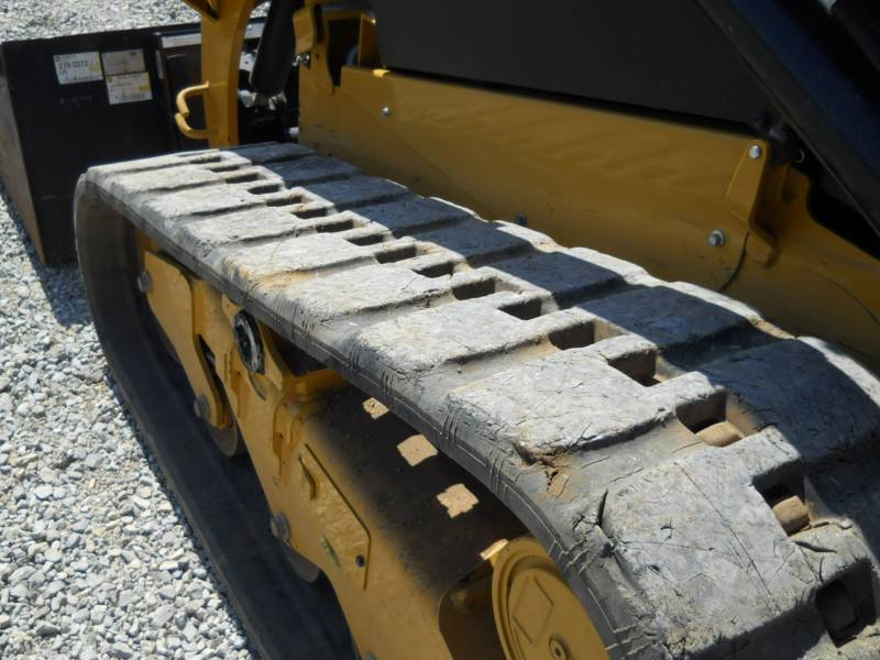 CATERPILLAR PALE CINGOLATE MULTI TERRAIN 259D equipment  photo 13