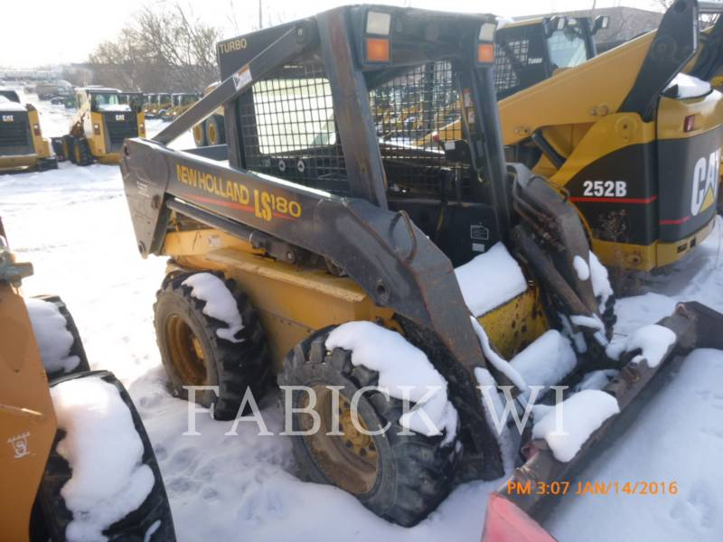 NEW HOLLAND LTD. CHARGEURS COMPACTS RIGIDES LS180 equipment  photo 1