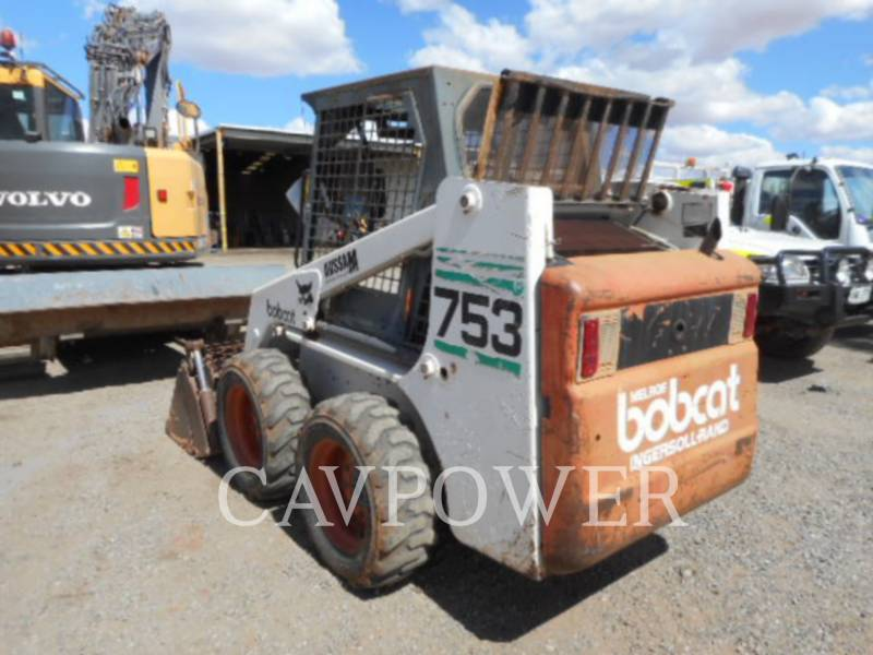 BOBCAT CHARGEURS COMPACTS RIGIDES 753 equipment  photo 3