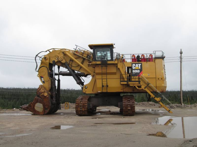 CATERPILLAR PELLE MINIERE EN BUTTE 6060FS equipment  photo 6