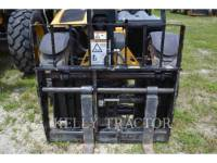 CATERPILLAR TELEHANDLER TH255C equipment  photo 5