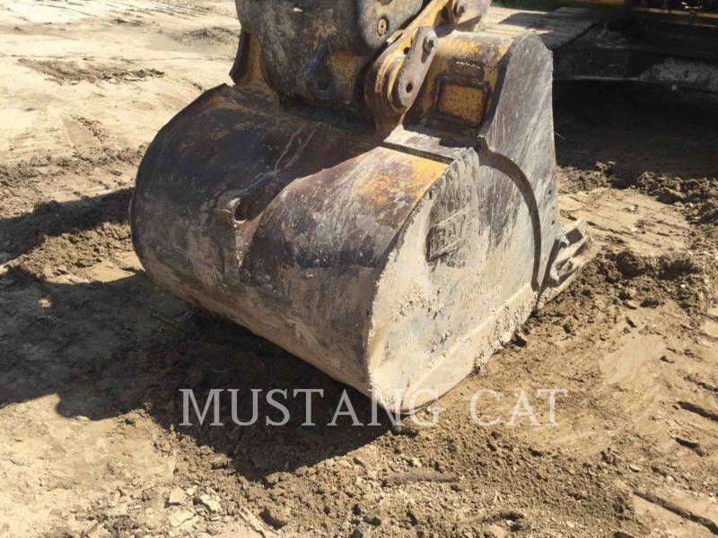 CATERPILLAR 履带式挖掘机 324DL equipment  photo 11