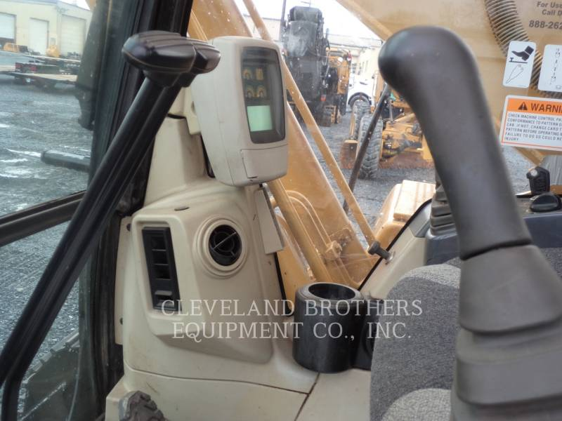 CATERPILLAR EXCAVADORAS DE CADENAS 320CL equipment  photo 6