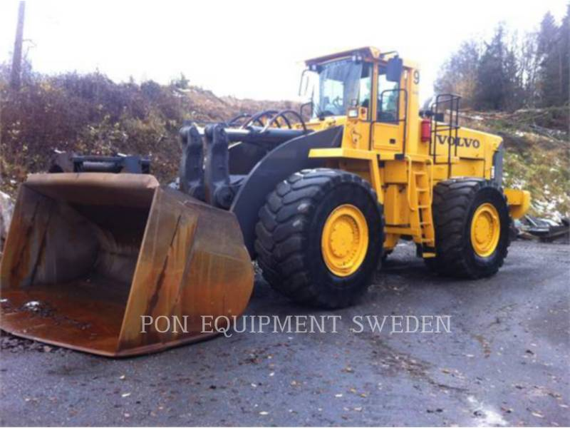 VOLVO CONSTRUCTION EQUIPMENT CHARGEURS SUR PNEUS/CHARGEURS INDUSTRIELS L330E equipment  photo 1