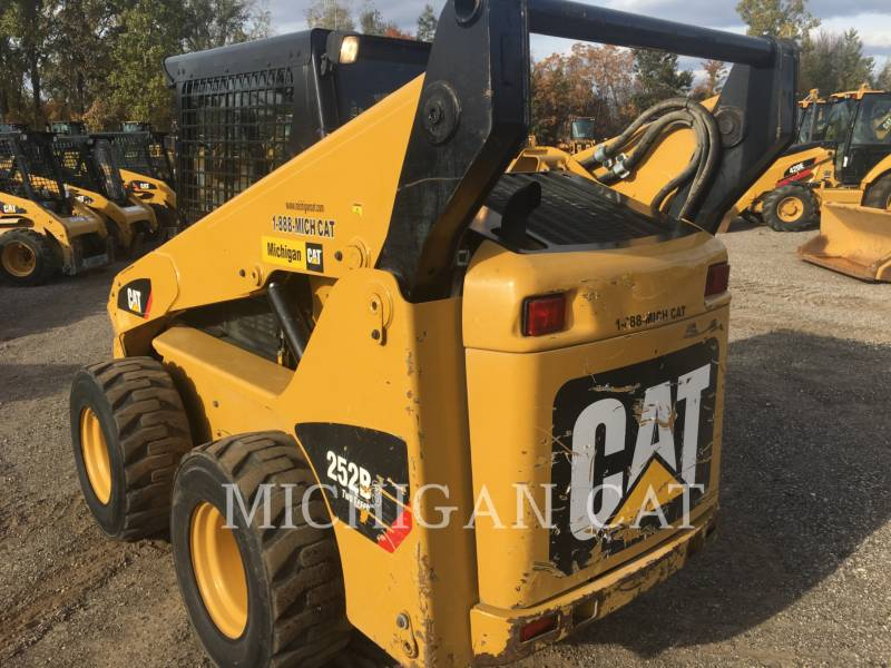 CATERPILLAR SKID STEER LOADERS 252B3 C2Q equipment  photo 7