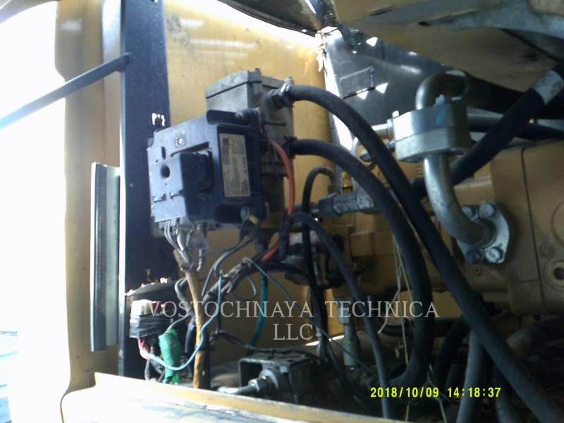 Caterpillar EXCAVATOARE PE ROŢI M318D equipment  photo 10