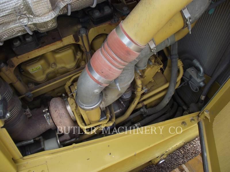 CATERPILLAR TRACTORES DE CADENAS D 8 T equipment  photo 5