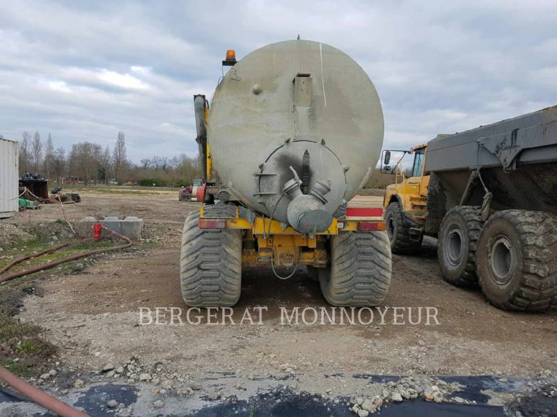 VOLVO CONSTRUCTION EQUIPMENT CAMIONES ARTICULADOS A25 equipment  photo 2