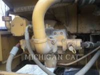 CATERPILLAR TRACK EXCAVATORS 215C LC equipment  photo 13