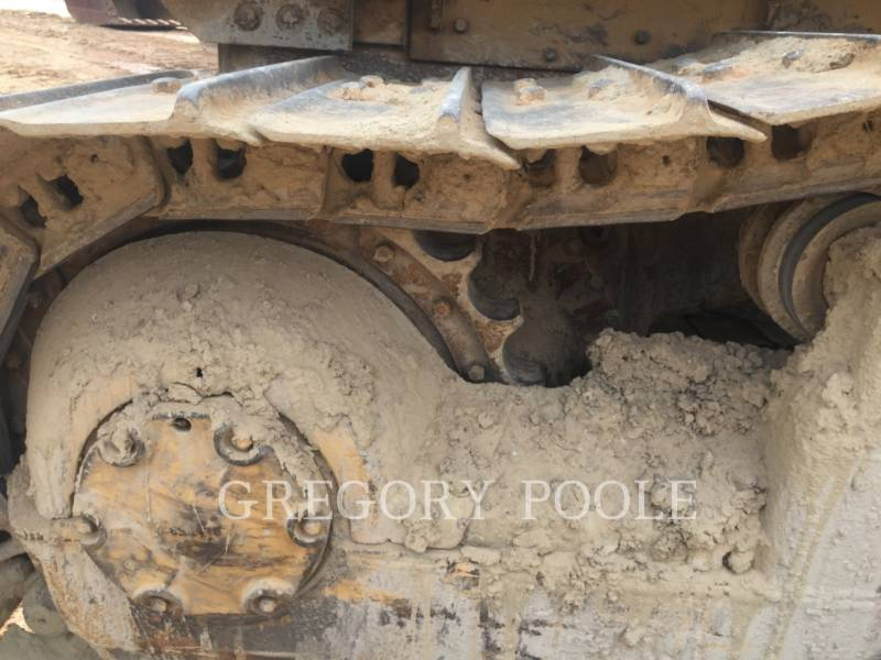 CATERPILLAR TRACTORES DE CADENAS D6D equipment  photo 15