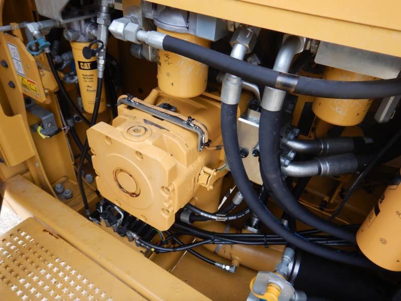 CATERPILLAR ESCAVATORI CINGOLATI 374 F L equipment  photo 18