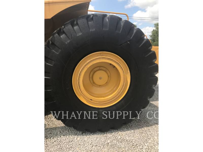 CATERPILLAR WHEEL TRACTOR SCRAPERS 621G equipment  photo 7