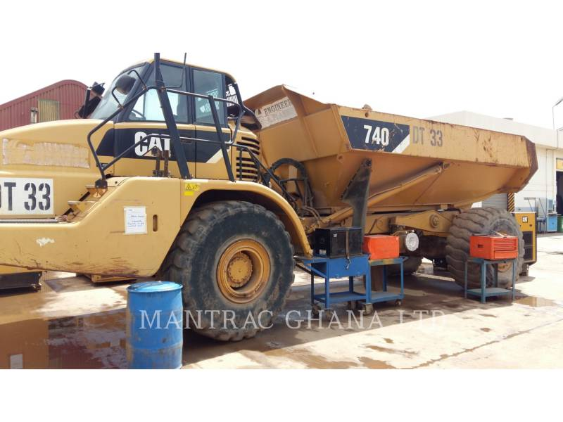 CATERPILLAR 铰接式卡车 740 equipment  photo 1