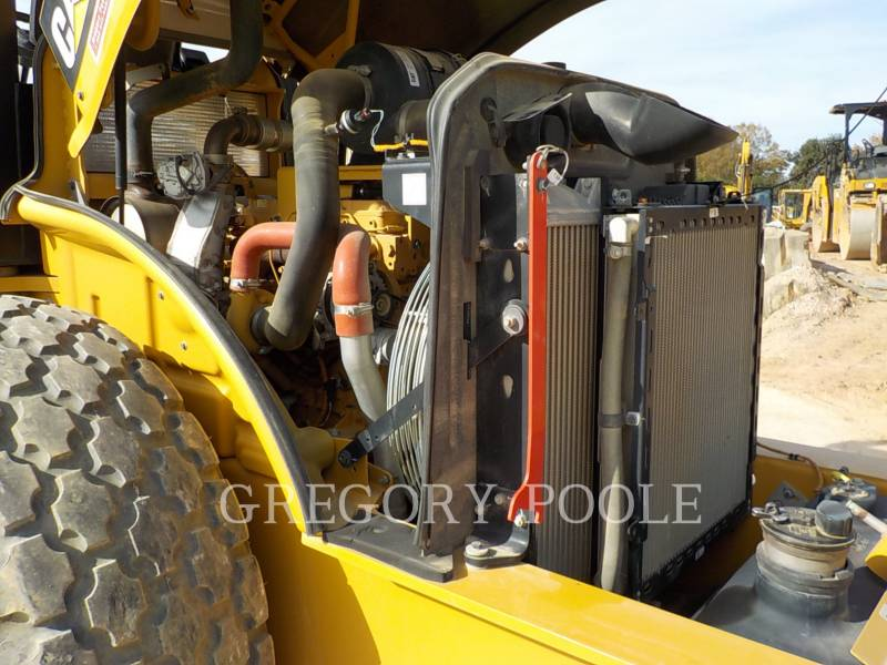 CATERPILLAR VIBRATORY SINGLE DRUM SMOOTH CS-54B equipment  photo 22