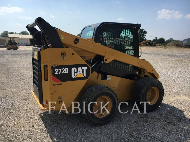 CATERPILLAR SKID STEER LOADERS 272D C3H2 equipment  photo 2