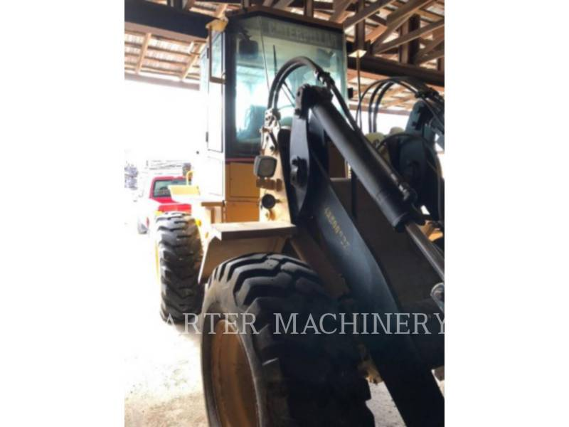CATERPILLAR CHARGEURS SUR PNEUS/CHARGEURS INDUSTRIELS IT24F equipment  photo 4
