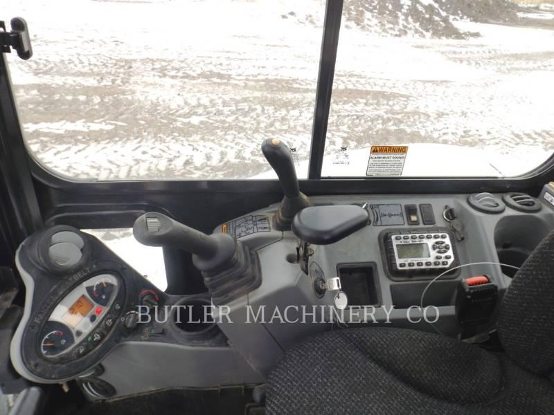 BOBCAT TRACK EXCAVATORS E50 equipment  photo 9