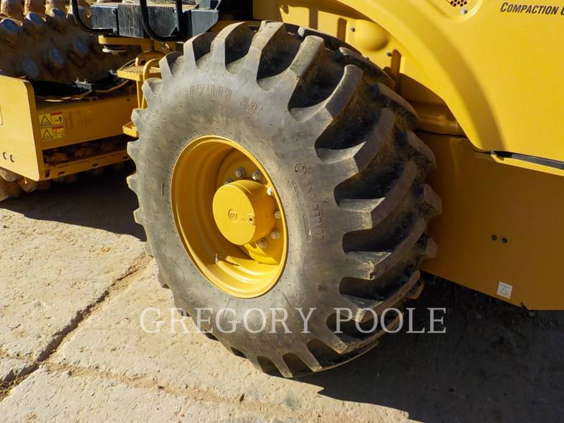 CATERPILLAR VIBRATORY SINGLE DRUM PAD CP56B equipment  photo 17