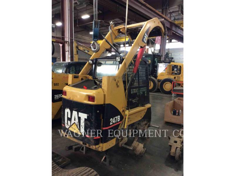 CATERPILLAR CARGADORES MULTITERRENO 247B equipment  photo 2