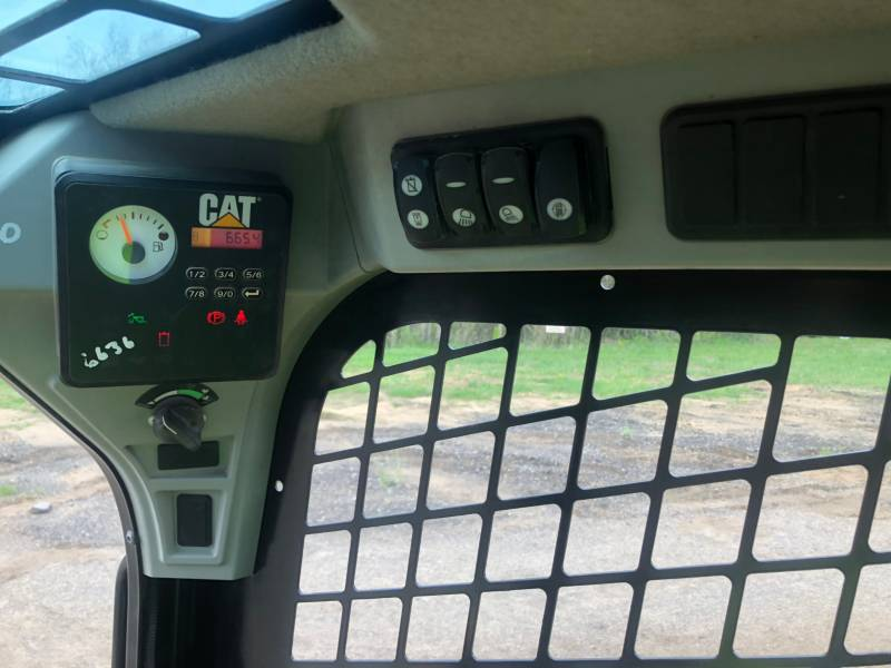 CATERPILLAR MINICARGADORAS 236D equipment  photo 19