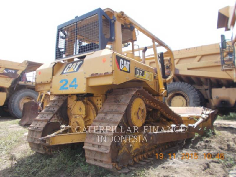 CATERPILLAR 鉱業用ブルドーザ D6RXL equipment  photo 6